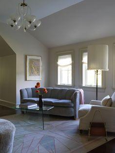 Rescatando la década de 1940 Living Room Lounge, Boho Living Room, Living Room Furniture, Living Rooms, Living Spaces, Pierre Frey, Vintage Sofa, Vintage Table, Architectural Digest