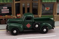 """1942 Ford F1 Pickup """"Railway Express Agency"""""""