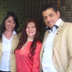 En la imagen @nilrodom y @wledezmas junto a la talentosa y carismática @neheluna en entrevista ahora por Éxitos 90.5 FM  #Century21 #Guayana #pzo #Venezuela #RealEstate #BienesRaices #realtor #realtorlifestyle #TipsC21 #radio