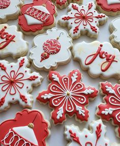 Bredele with brown sugar and praline sugar - HQ Recipes Christmas Sugar Cookies, Christmas Snacks, Christmas Cooking, Noel Christmas, Holiday Cookies, Gingerbread Cookies, Vintage Christmas, Christmas Mood, Snowflake Cookies