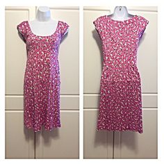 """DVF Silk Pink Print Sheath Dress 100% silk. Vibrant pink, white, and black print sheath dress. The print is called """"scattered stone"""". Scoop neck, cap sleeves, banded empire waist with subtle pleats, and front side pockets. Great for work! Measurements: bust 15.5"""", waist 13.5"""", hips 17"""". Length is 35"""". Diane von Furstenberg Dresses"""