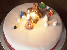 Totoro fondant birthday cake - so cute and yummy