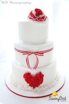 Red and White ruffle wedding cake. www.sunnygirlcakes.blogspot.com
