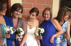 Compartir entre amigas y familia Bridesmaid Dresses, Wedding Dresses, Fashion, Bridesmaids, Girlfriends, Wedding, Pictures, Bride Maid Dresses, Bride Gowns