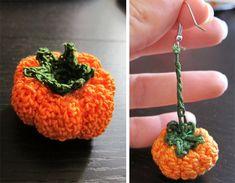 Idee Halloween la zucca a maglia in versione decorazione e orecchino