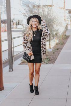 Leopard Trend Favorites - Always Meliss Fashion 2020, Love Fashion, Fashion Blogs, Fashion Stores, Fashion Hats, Fall Fashion Trends, Autumn Fashion, Spring Fashion, Older Women Fashion
