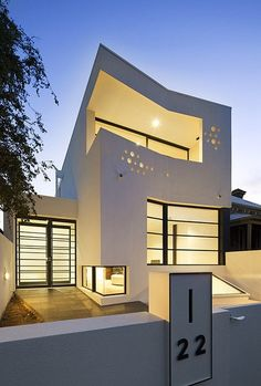 Very unique, attractive modern home. #beautifulhomes