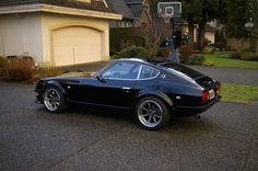Black Datsun 260Z 2
