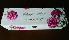 Wine box with pink peonies Wedding gift #winebox #peonies #gift #handmade #weddinggift #weddingideas #craft