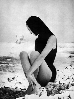Evelyn Tripp photo by Lillian Bassman for Harper's Bazaar. May, 1954.