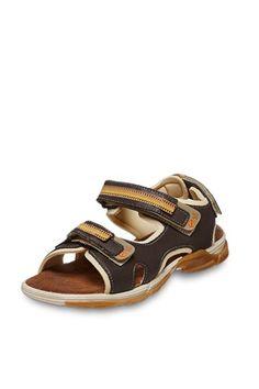 Venta Especial Calzado Infantil / Melania / Niño - Del 25 al 40 / Sandalias de Piel Marrón. Antes 75€ ahora 22€ en divinitycollection.es