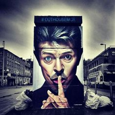 Great David Bowie-Tribute by British Street Artist Akse P19 in Manchester // UK