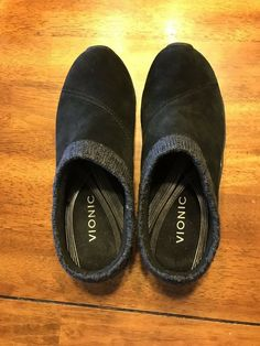 197f845bef8 Vionic Black Clogs Size 7 1 2  fashion  clothing  shoes  accessories