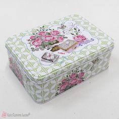 Μεταλλικό κουτί με ροζ τριαντάφυλλα Metal Box, Decorative Boxes, Rose, Home Decor, Pink, Decoration Home, Room Decor, Roses, Home Interior Design