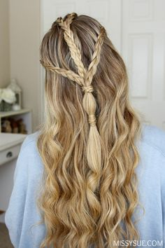 Halloween is only a few weeks away! What are you planning to be? I have been wanting to feature a Game of Thrones inspired hair tutorial for a while now but felt like there were already so many tutorials out there. To change things up…