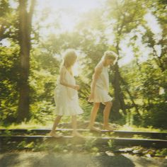 sisters share so much of their path. Sister Pictures, Best Friend Pictures, Outdoor Photography, Creative Photography, Friends Like Sisters, Must Be Heaven, Families Are Forever, Another World, Favim