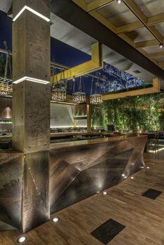 AKANTHUS. Location: Athens, Grecia; architects: Alexandra Nikolaou, George Fakaros.