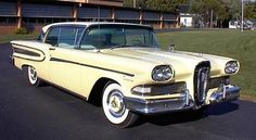 1958 Edsel Citation hardtop Maintenance/restoration of old/vintage… 50s Cars, Retro Cars, Vintage Cars, Edsel Ford, Car Ford, Ford Motor Company, Ford Lincoln Mercury, American Classic Cars, Unique Cars