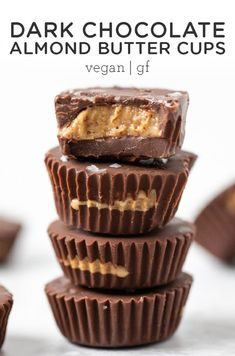 Dark Chocolate Almond Butter Cups – Simply Quinoa These dark chocolate almond butter cups are a healthy version of Reese's. They're easy to make at home, are delicious and also gluten-free + vegan! So delicious, easy to make, and a homemade recipe. Dark Chocolate Almonds, Chocolate Cups, Healthy Chocolate, Delicious Chocolate, Chocolate Desserts, Chocolate Brown, Cheap Clean Eating, Clean Eating Snacks, Healthy Dessert Recipes
