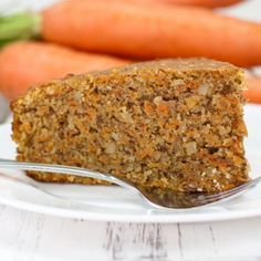 Carrot cake is a sweet treat with a dense and moist consistency. For some, biting into a crunchy carrot in their slice of cake can ruin the indulgent. Wine Recipes, Vegan Recipes, Dessert Recipes, Food Cakes, Sugar Free Carrot Cake, Carrot Cakes, Gluten Free Cakes, I Foods, Food Inspiration