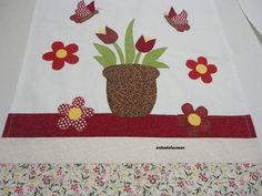 Pano de copa/fogão . Apliquê em patchcolagem e barrados tecido 100% algodão.Escolha o seu desenho preferido.   46cm/72cm