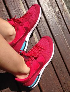 NIKE INTERNATIONALIST - must have new sneaks.  Love the red!  #liveyourfiecelife #Nike #sneakerhead