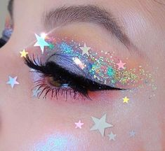 Makeup Eye Looks, Eye Makeup Art, Pretty Makeup, Star Makeup, Glitter Makeup Looks, Perfect Makeup, Rave Eye Makeup, Weird Makeup, Eye Makeup Tutorials