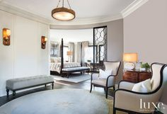 A Parisian-Inspired Chicago Pied-à-Terre | LuxeDaily - Design Insight from the Editors of Luxe Interiors + Design