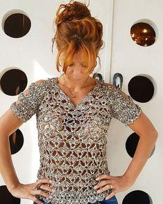 WEBSTA @ vanessamontoro - WOW! A Blusa de Crochet de Couro é o novo #MustHave por aqui  Não tem como não ter uma! ❤❤❤❤…