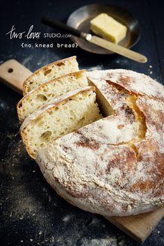 two loves studio no knead bread Bread Bun, Bread Rolls, Scones, Bread Recipes, Cooking Recipes, Pita, No Knead Bread, Our Daily Bread, Bread And Pastries