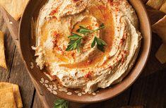 Ρεβυθοσαλάτα με ταχίνι - κοινώς χούμους ο hummus (χούμους) είναι ένα spread από πολτοποιημένα ρεβί... Low Calories, Hummus, Ethnic Recipes, Food, Essen, Meals, Yemek, Eten
