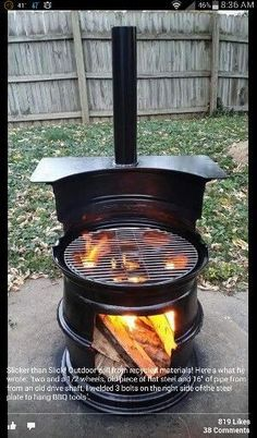The Design Barbecue: 21 Pearls - Buitenleven Feelings.nl - An old oil barrel as a design barbecue - Metal Projects, Welding Projects, Outdoor Projects, Diy Projects, Welding Ideas, Outdoor Tools, Fire Pit Bbq, Diy Fire Pit, Fire Pits