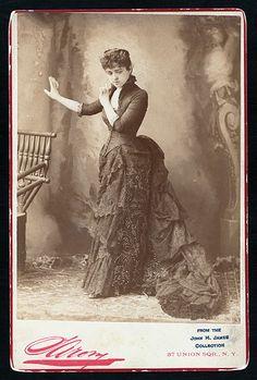 Marie Burroughs, ca. Victorian Photos, Victorian Women, Victorian Era, 1880s Fashion, Edwardian Fashion, Vintage Fashion, Historical Clothing, Historical Photos, Vintage Photographs