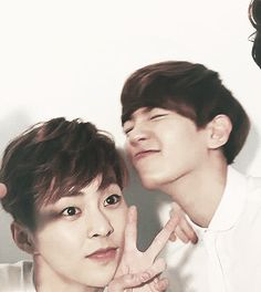 This is what happens when you try to fit 4 idiots into a selca <3