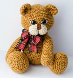 What a cute crochet animal.  I'm loving this cute crochet bear!  What a great gift for one of my nieces or nephews!