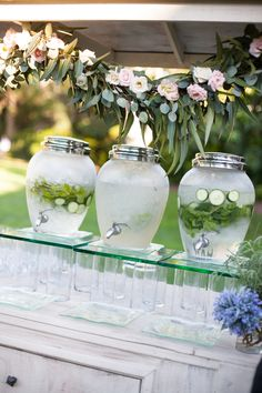 Infused waters for your wedding guests #LuxBride via @Magnoli