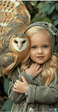 Art Photography Portrait, Photo Portrait, Portraits, Beautiful Owl, Beautiful Children, Animals Beautiful, Cute Babies Photography, Animal Photography, Animals And Pets