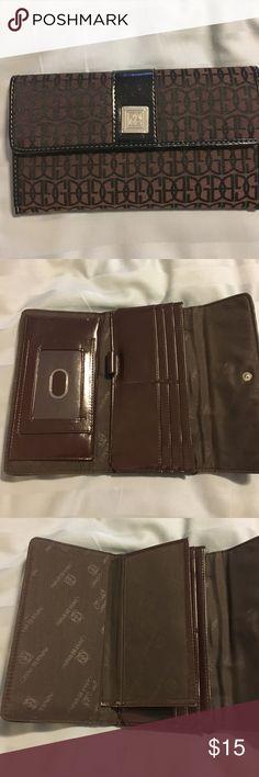 Gianni Bernini brown wallett Brown Gianni Bernini wallet with checkbook holder, pen holder, 6 card slots plus one license slot. Expandable billfold. Giani Bernini Bags Wallets
