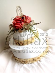 Artiflax Flax Flowers for the best Wedding Bouquets, Wedding Cake Toppers, Corporate Gifts. Wedding Cake Toppers, Wedding Cakes, Pamper Cake, Flax Flowers, Cake Board, Cake Pictures, Cake Toppings, Corporate Gifts, Flower Making