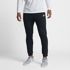 Nike Sportswear Club Fleece Men's Joggers Size S (Black) Nike Joggers, Fitted Joggers, Mens Joggers, Fleece Joggers, Jogger Pants, Black Joggers, Fleece Hoodie, Nike Sportswear, Reebok