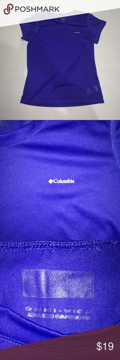 Columbia Women's Size M Blue Athletic Shirt Women's Blue Columbia Athletic Shirt Size M.  This shirt can be stretched with the material it's made with. It is 25inches long and has a 36 inch chest. Columbia Tops