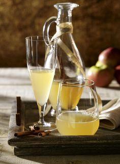 Unser beliebtes Rezept für Apfel-Zimt-Sirup und mehr als 55.000 weitere kostenlose Rezepte auf LECKER.de.