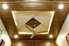 Stunning Ceiling Design Ideas To Spice Up Your Home – Ceiling 2020 Wooden Ceiling Design, Ceiling Light Design, Ceiling Design Modern, House Ceiling Design, Ceiling Design Living Room, Ceiling Decor, Home Ceiling, Door Glass Design, Pvc Ceiling Design