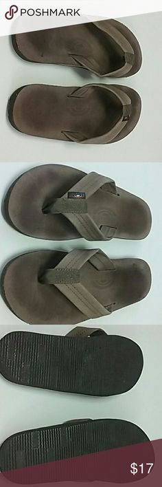 a85d001be4dd Men s nine and a half rainbow flip-flops I wore them but they just really