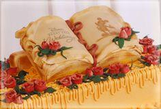 ウェディングケーキ | 料理 | ディズニーアンバサダーホテルのウェディング | ディズニー・フェアリーテイル・ウェディング