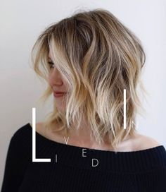 """It can not be repeated enough, bob is one of the most versatile looks ever. We wear with style the French """"bob"""", a classic that gives your appearance a little je-ne-sais-quoi. Here is """"bob"""" Despite its unpretentious… Continue Reading → Cute Bob Haircuts, Layered Bob Haircuts, Bob Hairstyles For Fine Hair, Cool Hairstyles, Elegant Hairstyles, Hairdos, Long Bob Haircut With Layers, Stylish Short Hair, Trending Haircuts"""