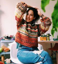 Little Treasures: My Instagram Crochet Finds Crochet Jumper, Crochet Jacket, Crochet Cardigan, Moda Crochet, Diy Crochet, Crochet Geek, Crochet Tops, Crochet Clothes For Women, Crochet Woman