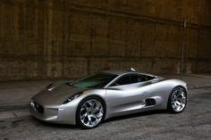Jaguar I Ultimate-Lifestyle
