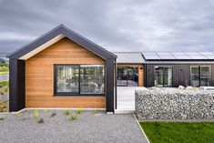 Ferndale-Sunderland House by AD Architecture