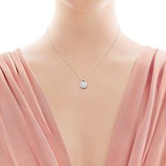 Return to Tiffany Circle Pendant (€680) ❤ liked on Polyvore featuring jewelry, pendants, sterling silver jewelry, tiffany co jewellery, tiffany co jewelry, sterling silver jewellery and chains jewelry